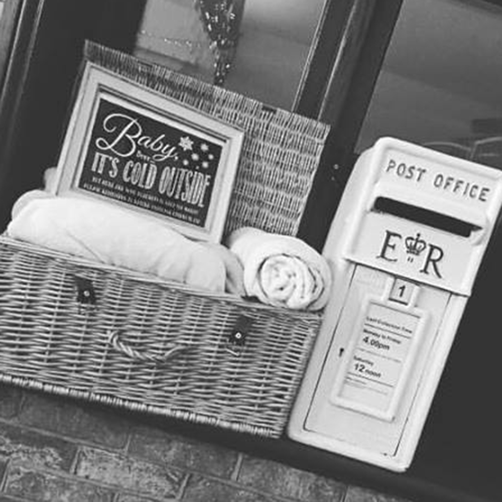 Hire Your Day - Post Box - Rustic wedding